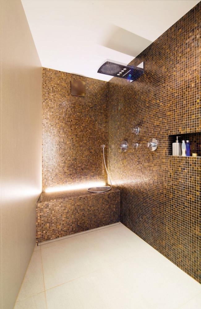 Bad Mit Mosaik Braun Fein On In Bezug Auf Kleines Wandfliesen Creme Boden Moderner 6