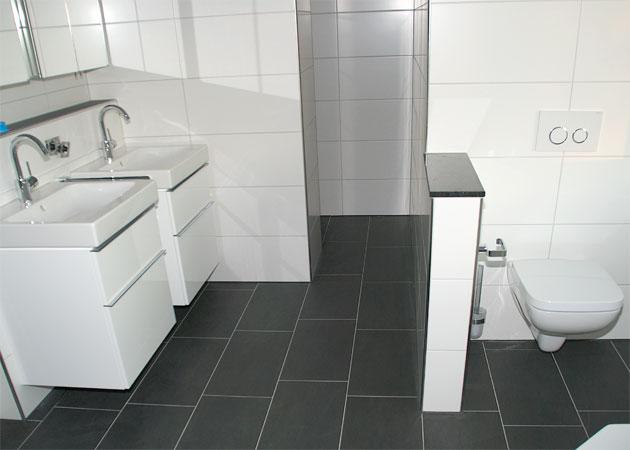 Badezimmer Anthrazit Weiß Fliesen Einzigartig On Beabsichtigt Bad Stoff Designs Auch 2