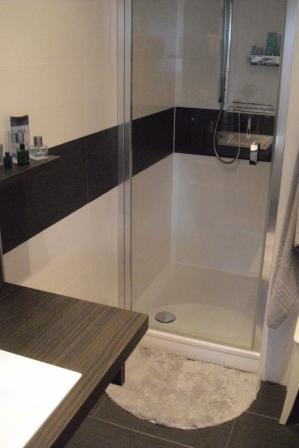 Badezimmer Bordüre Beispiel Schön On Beabsichtigt Einsicht Bad Bilder Herrlich 6