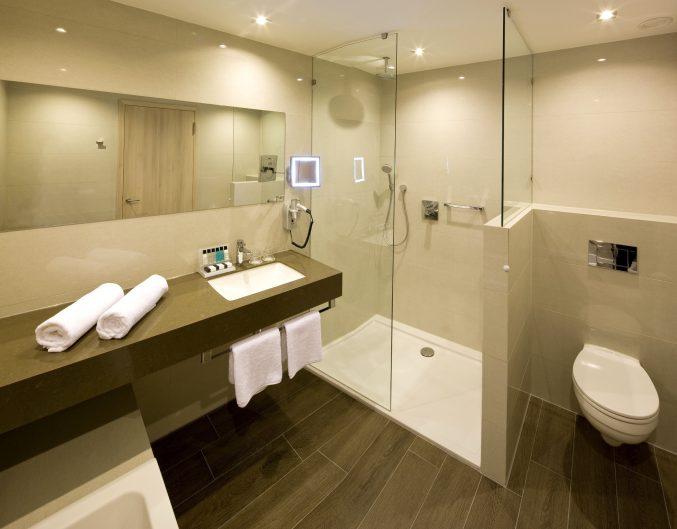 Badezimmer Einrichten Sandsteinoptik Bescheiden On Auf Uncategorized Schönes Mit 9