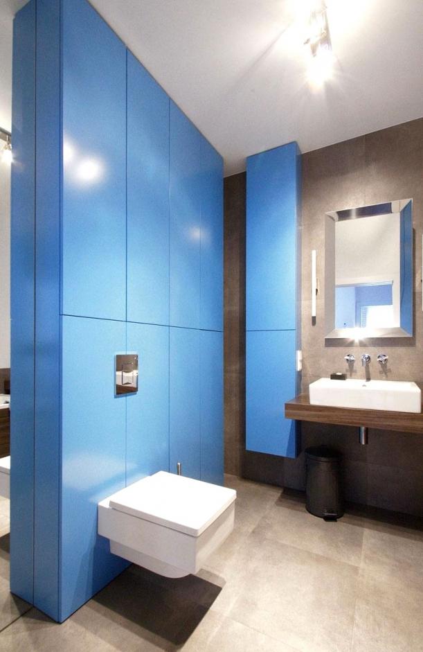 Badezimmer Grau Mit Mosaik Blau Fein On Beabsichtigt Uncategorized Kleines Fliesen Im Verwendet 7