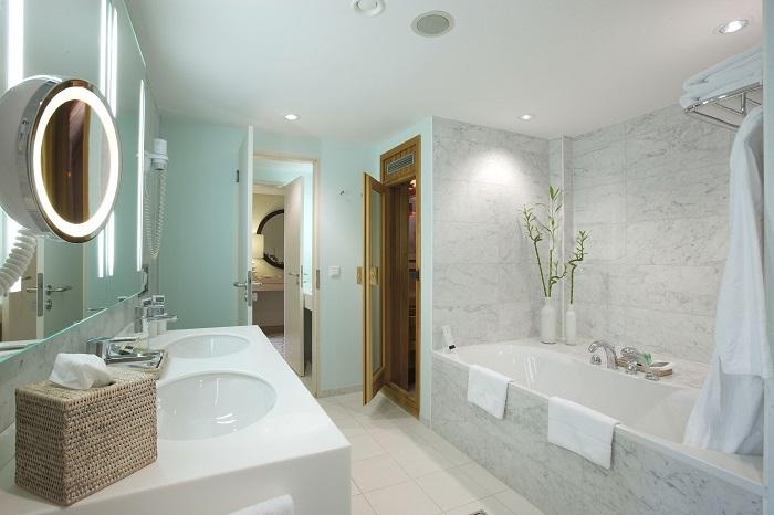Badezimmer Mit Sauna Und Whirlpool Einzigartig On In Luxus Rheumri Com 6