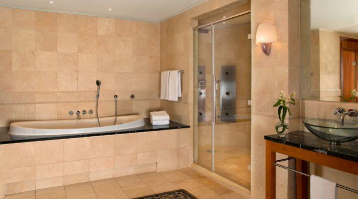 Badezimmer Mit Sauna Und Whirlpool Exquisit On Beabsichtigt Park Hyatt Hamburg Präsidenten Suite 1