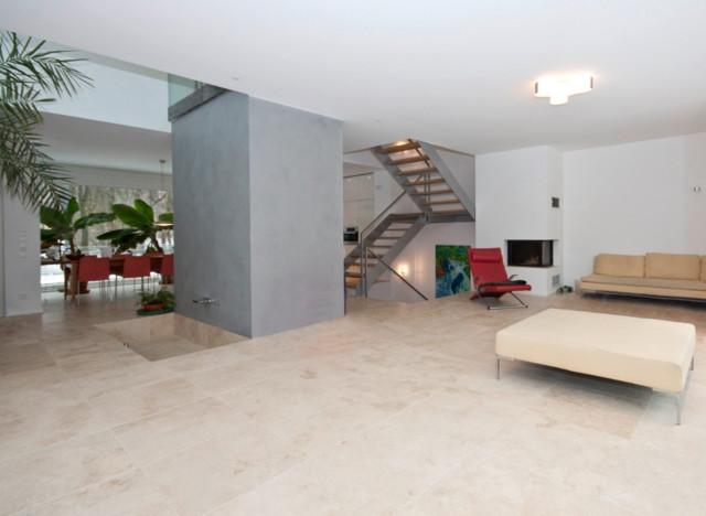 Beige Fliesen Wohnzimmer Kreativ On Für Bodenbelag Aus Dem Naturstein Travertin Mediterran 4