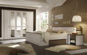 Kleines Zimmer Braun