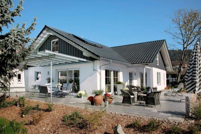 Landhaus Modern Unglaublich On Beabsichtigt Uncategorized Ehrfürchtiges Und Landhauskuche 3