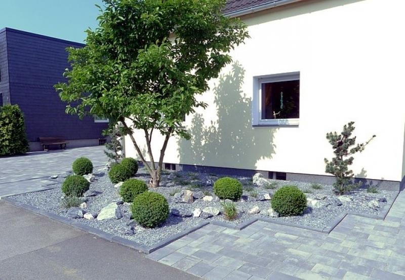 Moderner Garten Mit Gräsern Glänzend On Modern Beabsichtigt Nowaday Garden 6