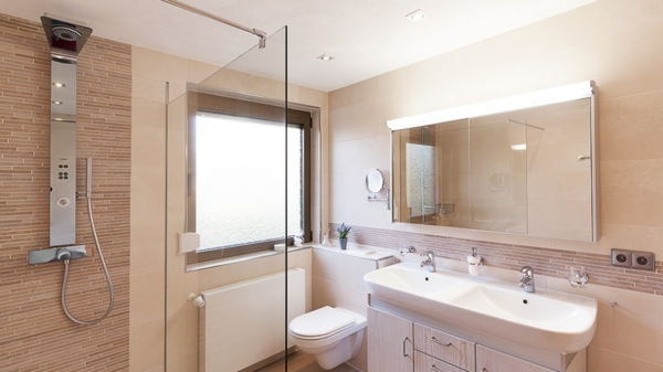 Modernes Bad Weiss Beige Erstaunlich On In Bezug Auf Emejing Ideas House Design 3