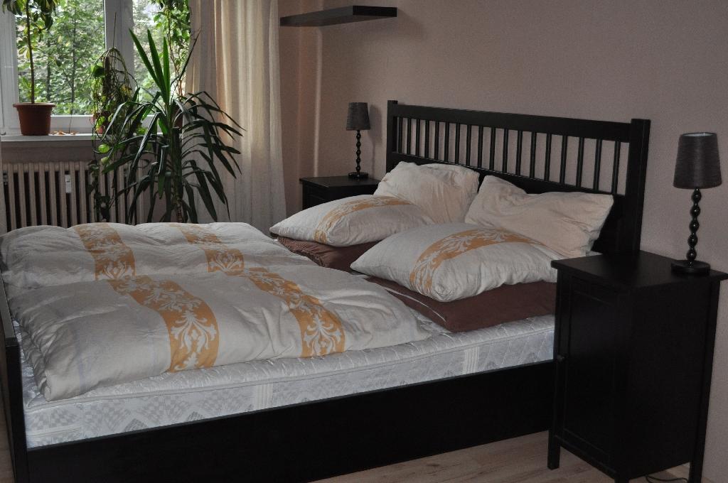 Schlafzimmer Schwarzbraun Ikea Perfekt On Braun Für Nauhuri Com Bilder Neuesten Design 4