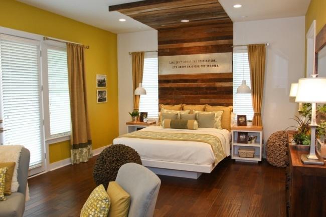 Wandgestaltung Braun Ideen Schön On Beabsichtigt Schlafzimmer Gelb Holz Bett Kompfteil Wand 2