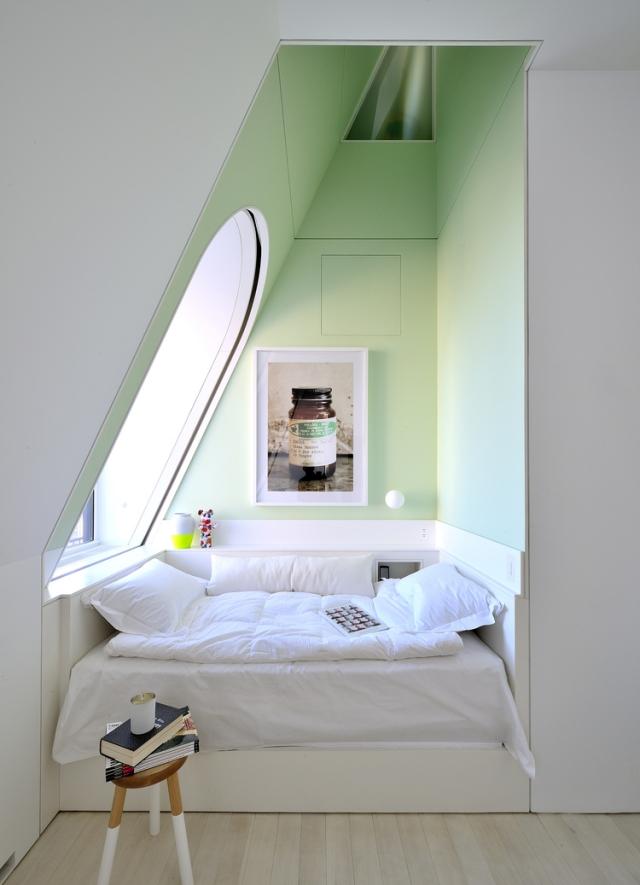 Wandgestaltung Dachschräge Einfach On Andere In Bezug Auf Schlafzimmer Mit Gestalten 23 9