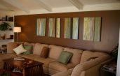 Wohnzimmerwand Mit Brauner Farbe Gestalten