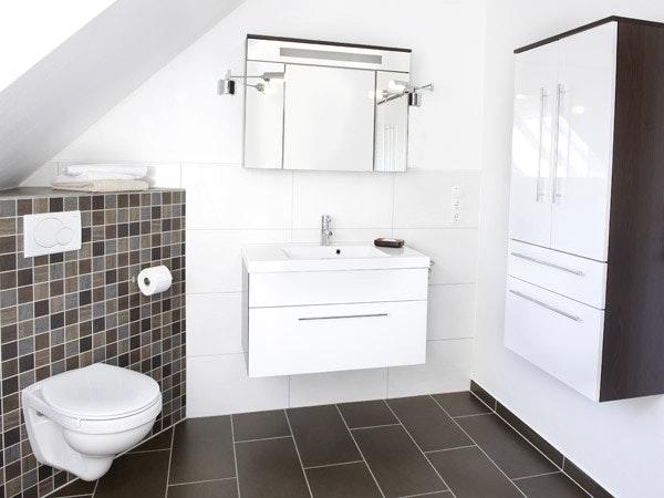Badezimmer Ideen Weiß Braun Fein On Für Cabiralan Com 3