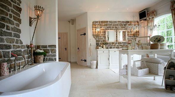 Badezimmer Im Landhausstil Bemerkenswert On Und Bad Möbel Ländlichen Stil 3