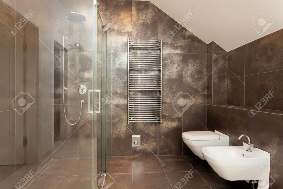 Beige Badezimmer Ausgezeichnet On In Bezug Auf Uncategorized Braun Uncategorizeds 8