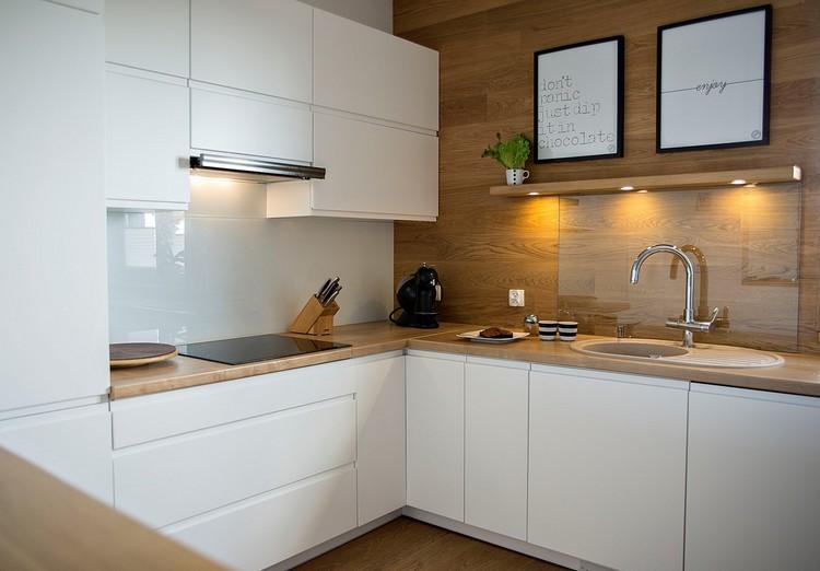 Beige Hochglanz Küche Und Holz Arbeitsplatte Bemerkenswert On überall Best Kche Ideas Ghostwire 4