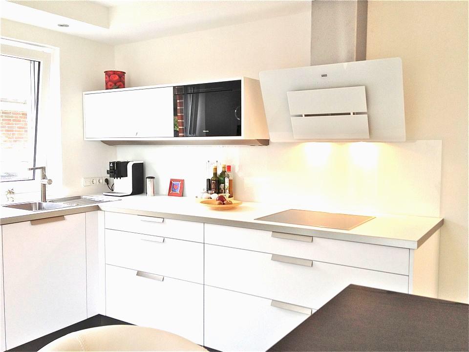 Beige Hochglanz Küche Und Holz Arbeitsplatte Unglaublich On Mit Elegant 5