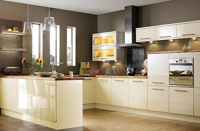 Beige Küche Charmant On Beabsichtigt Küchen Ideen Amocasio Com 8