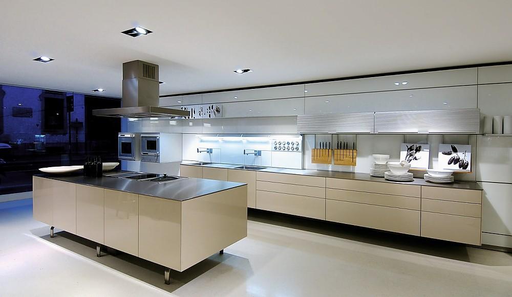 Beige Küche Stilvoll On überall Grifflose Designküche B3 Mit Insel In Hochglanz 4