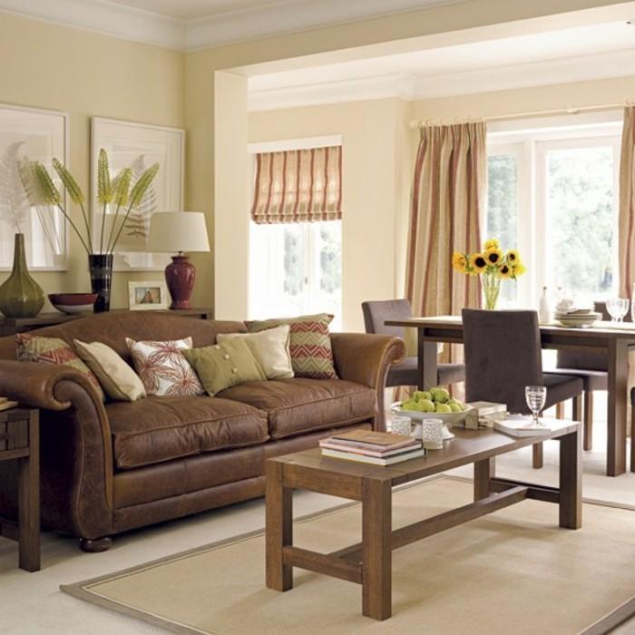 Wohnzimmergestaltung Braune Couch Beige Waende Welche Vorhaenge