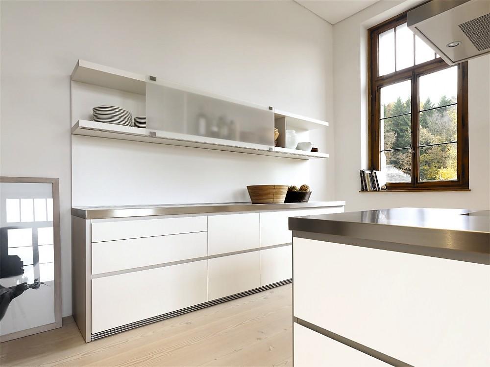 Design Edelstahl Küchen Herrlich On Andere überall Grifflose Designküche B1 Mit Insel In Weiß Und 8