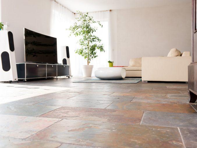 Fliesen Wohnzimmer Modern Bemerkenswert On Und Fliesenboden Finest Badezimmer 4