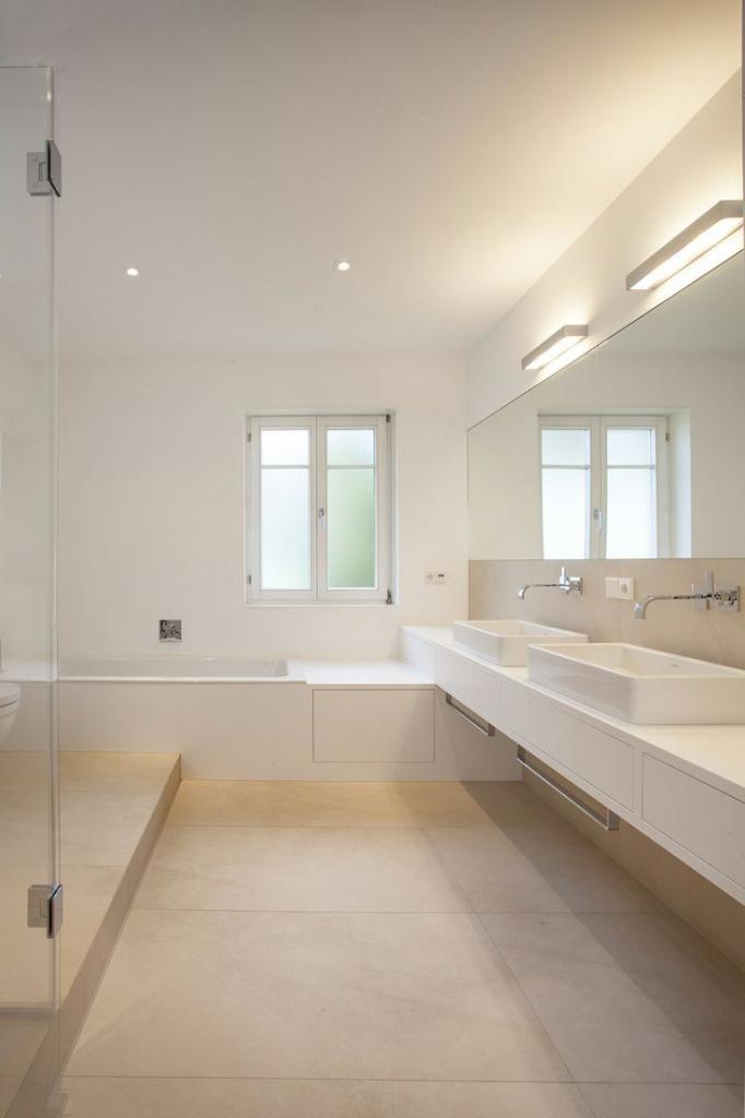 Hochglanz Creme Beeindruckend On Badezimmer überall Uncategorized Ehrfürchtiges Die Einrichtung Und Ist 8