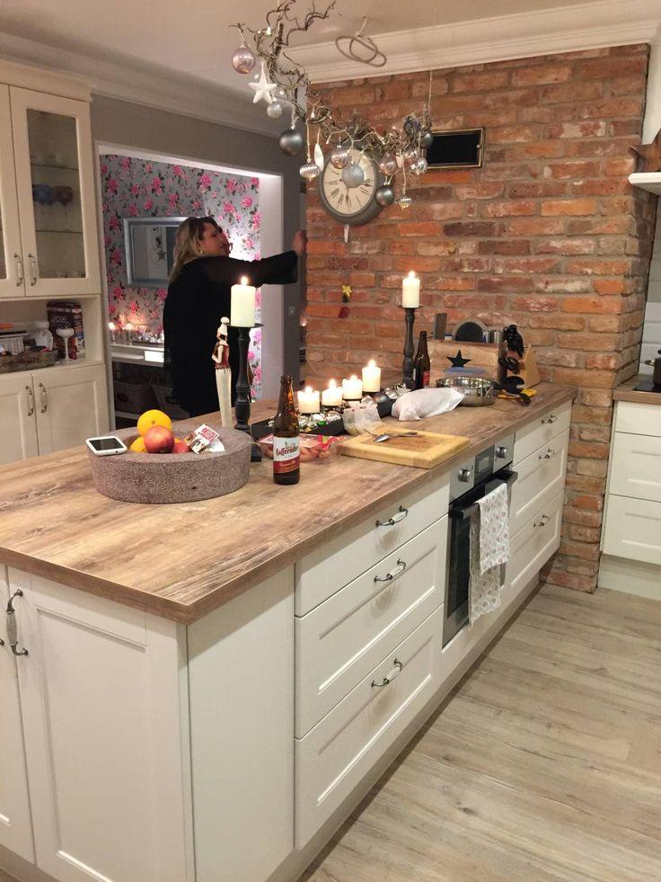 Küche Mit Kochinsel Landhaus Unglaublich On Andere In Bezug Auf Eine Zum Verlieben Küchen Von Miacasa ähnliche 6