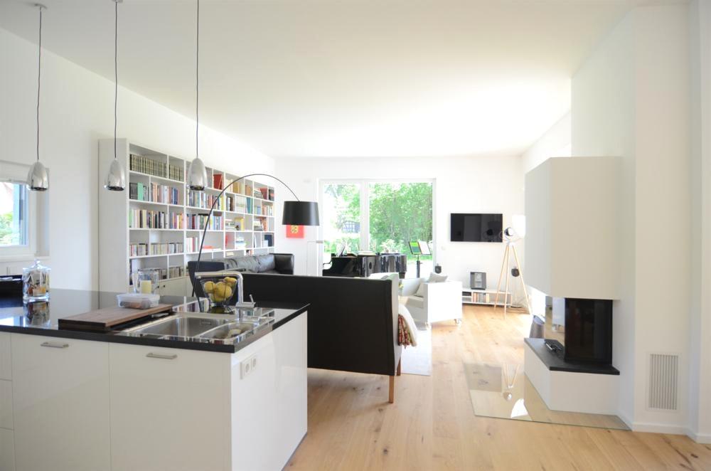 küche und wohnzimmer in einem raum modern  thand