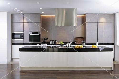 Küchen Modern Mit Kochinsel On Für Olegoff Com 7