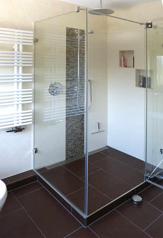 Moderne Duschen Mit Mosaik Bescheiden On Modern Beabsichtigt Webnside Com 4