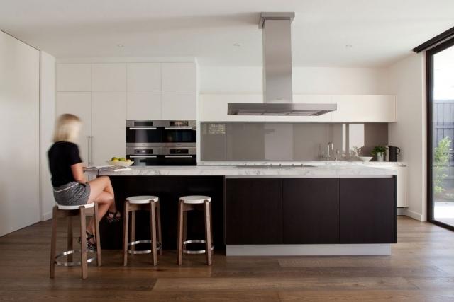 Moderne Küche Mit Kochinsel Und Theke Interessant On Modern Auf 111 Ideen Für Design Funktionale Eleganz 7