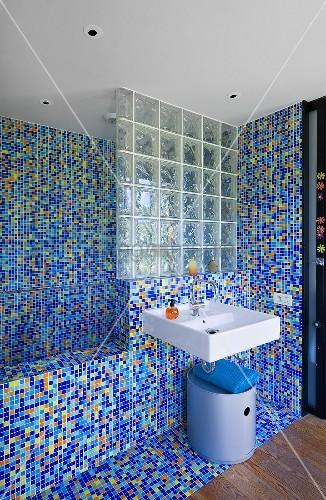 Mosaik Badezimmer Glänzend On Innerhalb Mit Villa Nalu Südfrankreich Bild Kaufen 8