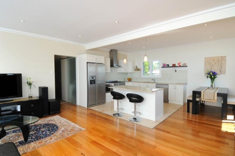 Offene Küche Großartig On Andere In Bezug Auf Mit Wohnzimmer Pro Contra Und 50 Ideen 1