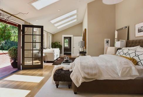 Schlafzimmer Beige Braun Bescheiden On In Bezug Auf Wandfarbe 40 Mit Der 5