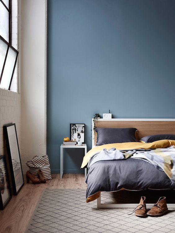 Schlafzimmer Blaugrau Modern On Und Wandfarbe Blau Grau Für Liebenswert Robelaundry Com 3