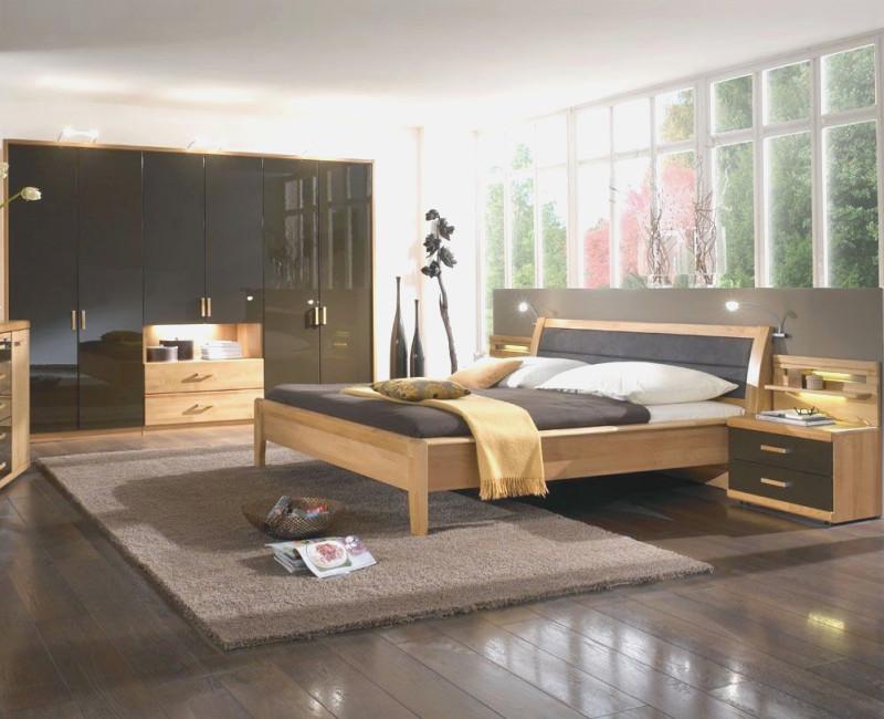 Schöne Braune Schlafzimmer Einfach On Braun In Bezug Auf Schlafzimmerwand Imposing Innerhalb Schone 9
