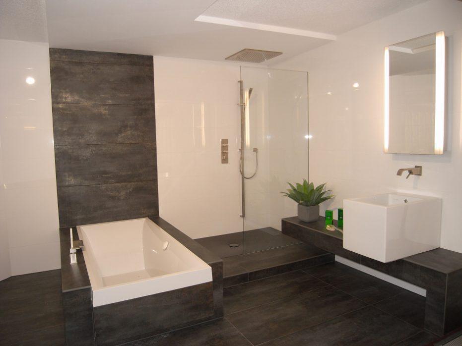 Schönes Kleines Bad Beige Fliesen Zeitgenössisch On Und Badezimmer Modern Gestalten Schnes 2