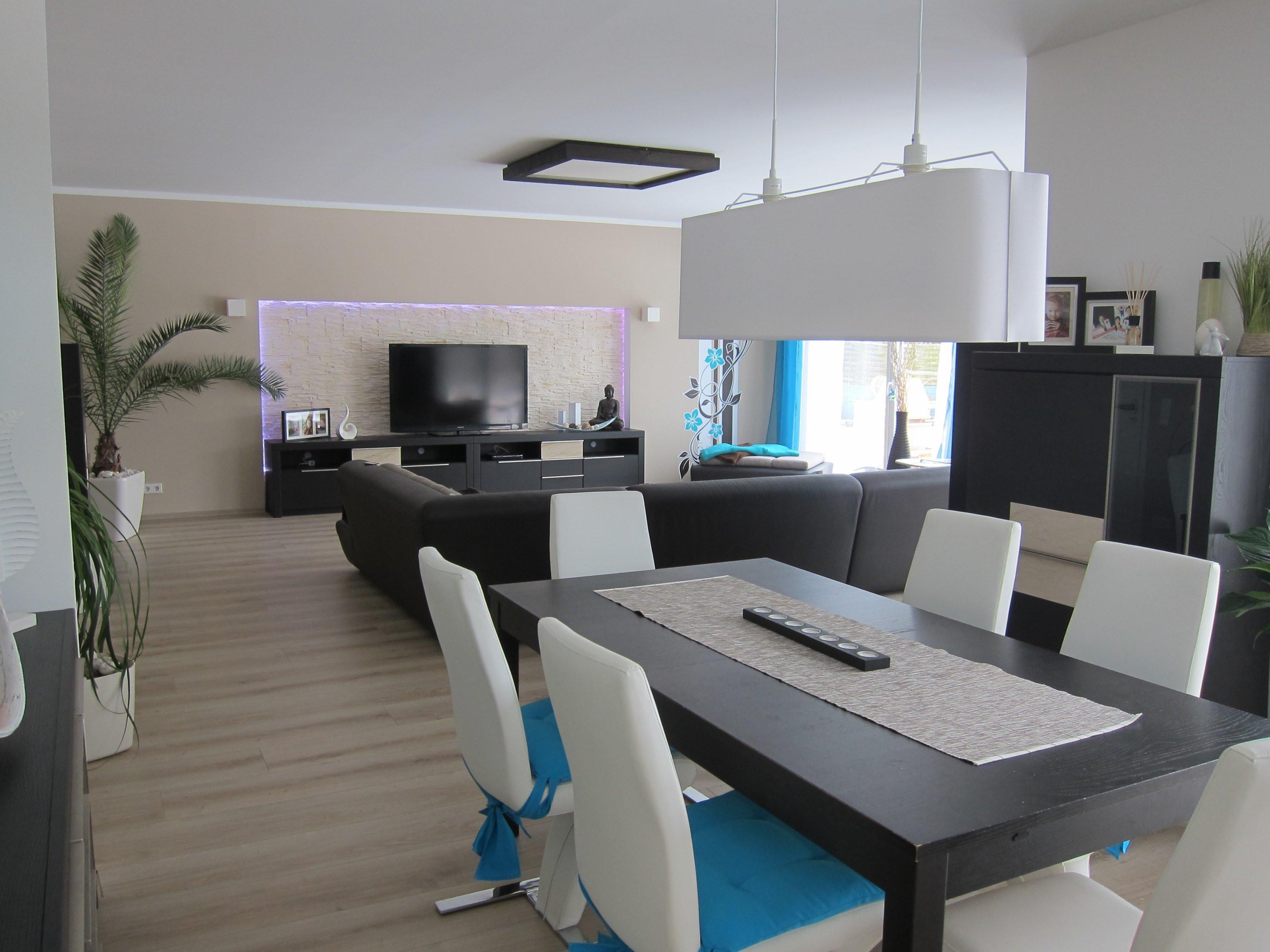 Wandgestaltung Esszimmer Küche Beige Braun Bemerkenswert On Beabsichtigt Wandfarbe Zu Beiger Kche Dekoration 8
