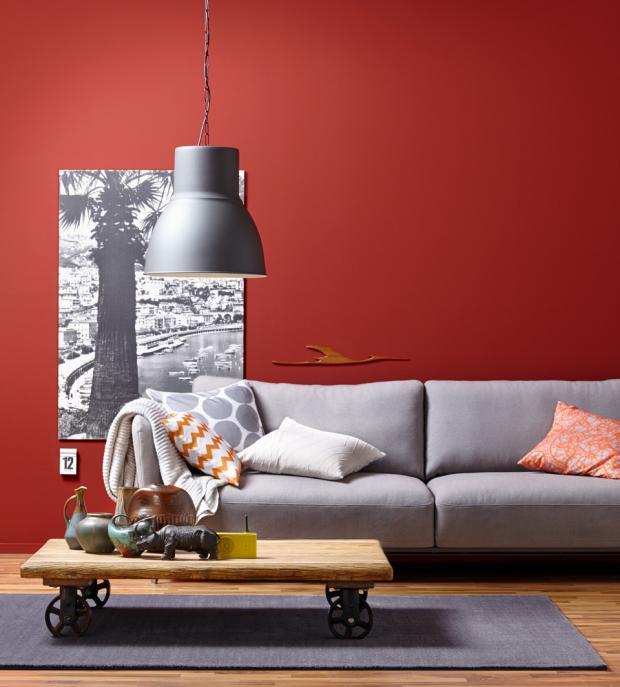 Wandgestaltung Wohnzimmer Grau Rot Beeindruckend On Und Einrichten Wand In Plus Sofa Bild 7 SCHÖNER WOHNEN 6