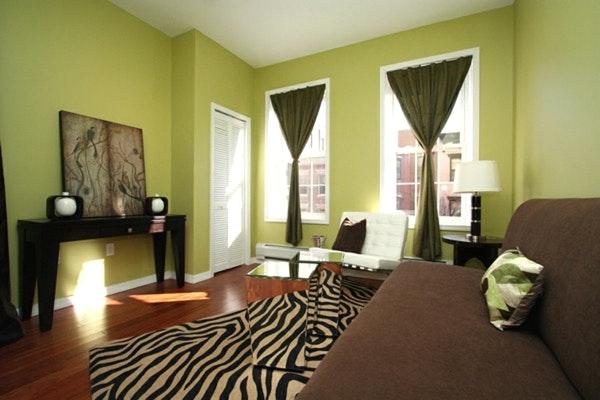 Wandgestaltung Wohnzimmer Grün Braun Interessant On Beabsichtigt Grun Streichen Rot 8