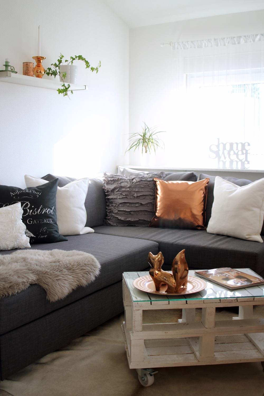 Wohnzimmer Deko Weiß Grau Frisch On In Bezug Auf Blau Full Size Of Wohndesign 2017fantastisch 6