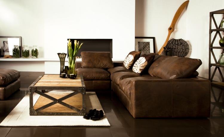 Wohnzimmer Dekorieren Braun Bemerkenswert On Beabsichtigt Deko Ideal Farbgestaltung Couch Leder 7