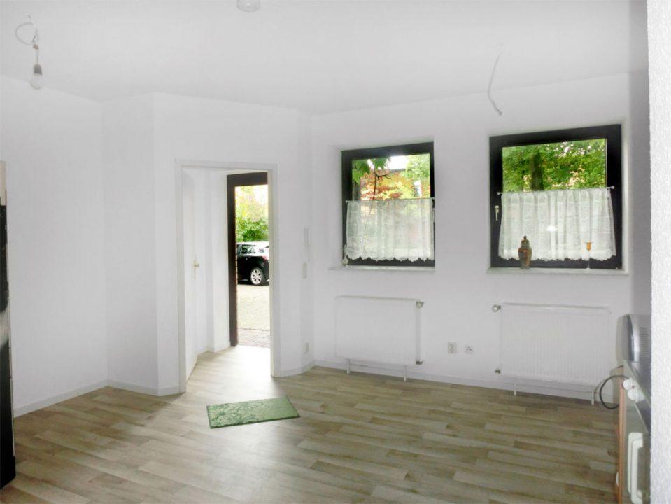 Zimmer Auf Kleinem Raum Imposing On Andere Beabsichtigt Uncategorized Geräumiges Und 1 7