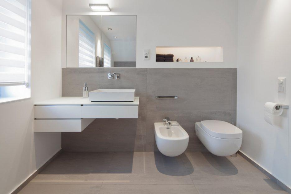 Badezimmer Grau Bescheiden On Beabsichtigt Design 4