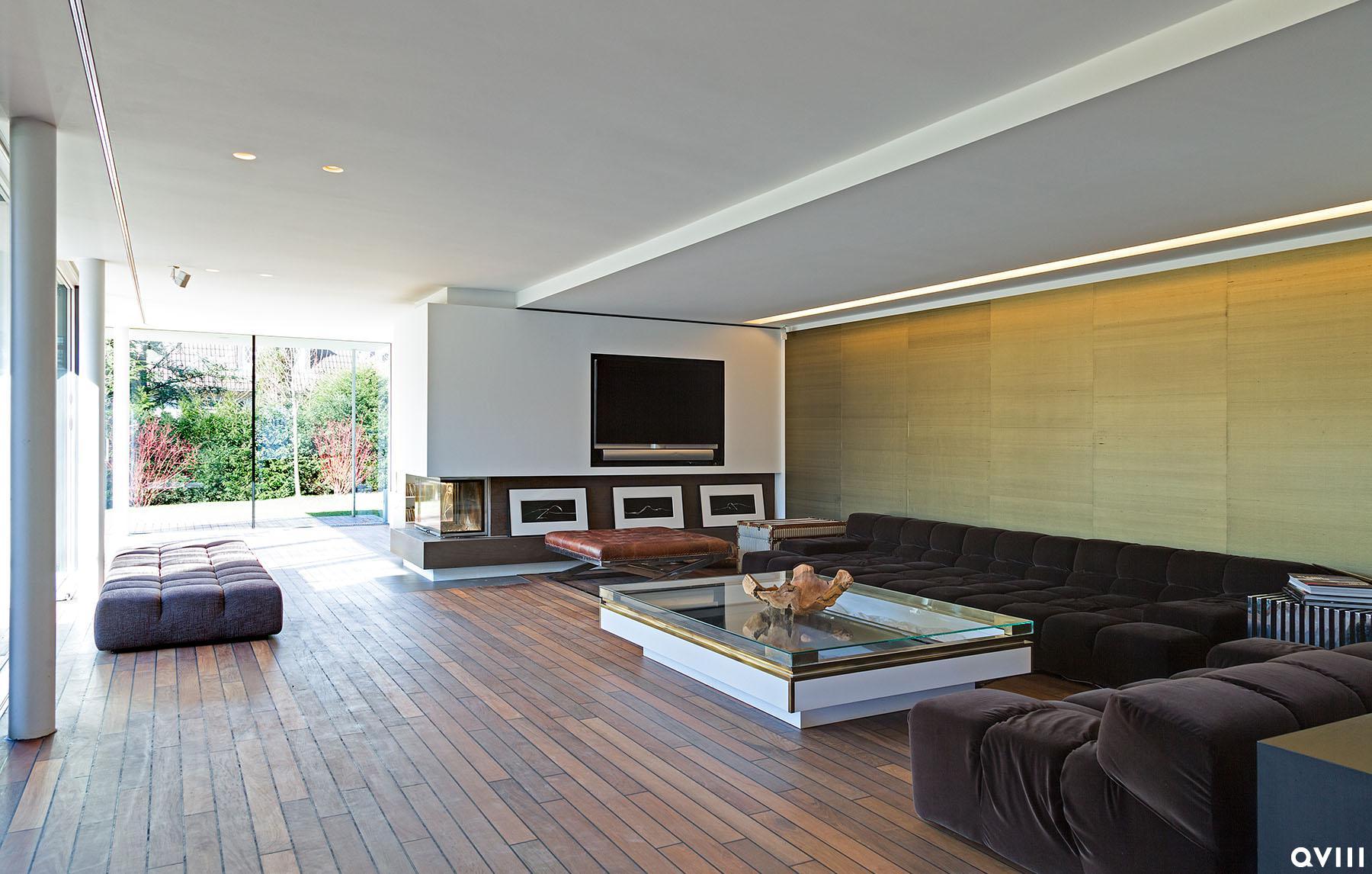 Kamin Modern Wohnzimmer Großartig On Für Mit Form Auf Design Moderne Kaminofen 2