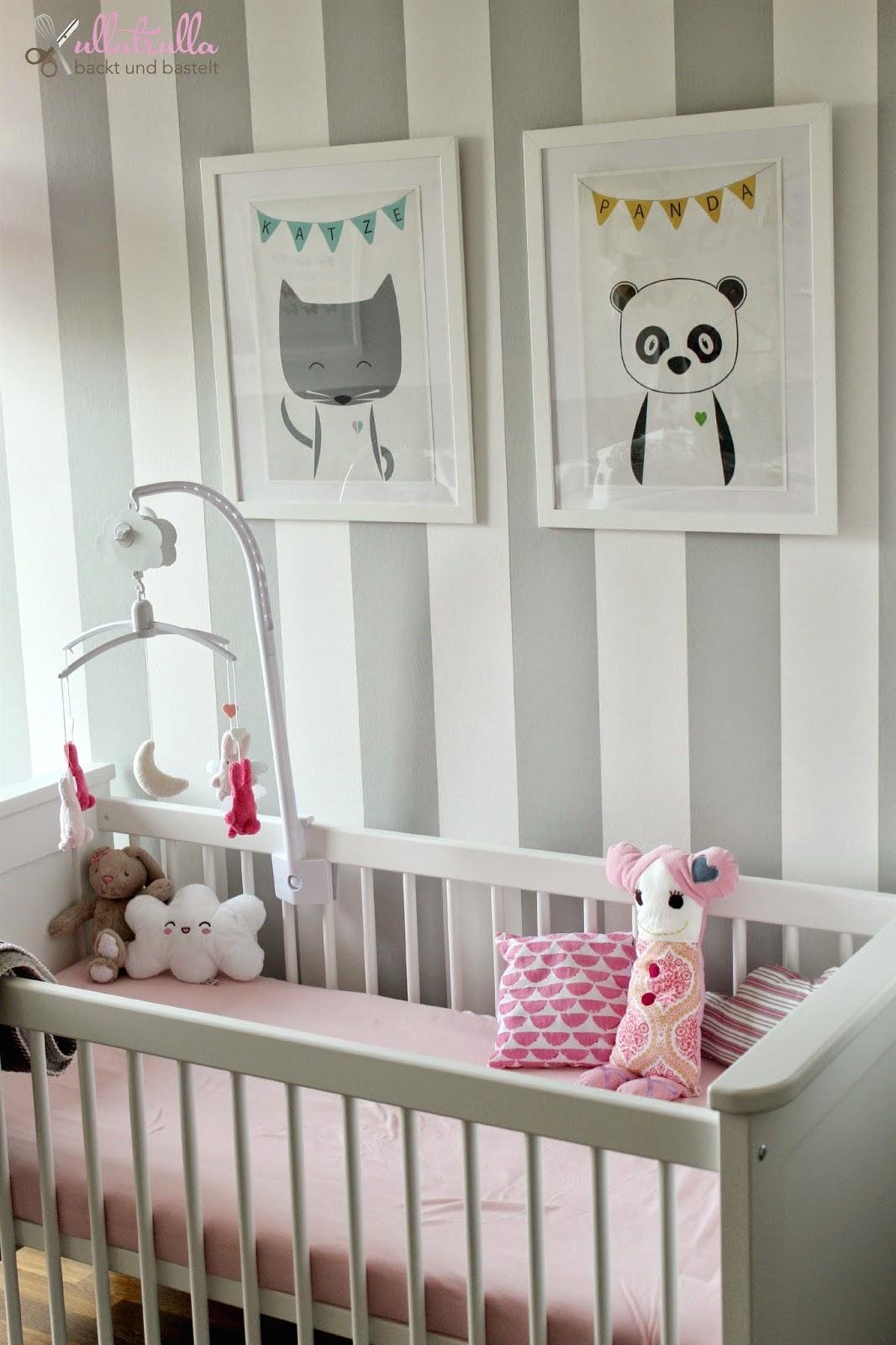 Kinderzimmer In Grau Herrlich On Andere Für Babyzimmer Graustreifen Streifen Fur Bazimmer 9