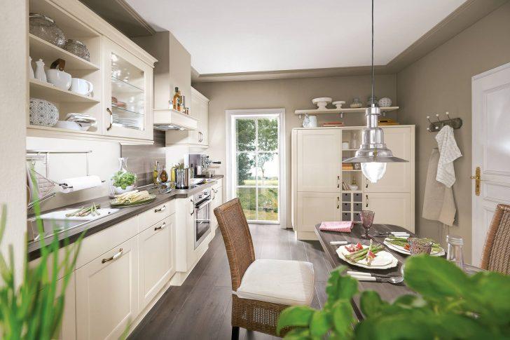 Küchen Weiss Landhausstil Modern Bescheiden On Auf Küchenzeile Kuche Bezaubernd Kuchenmobel Teorumi 6