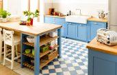 Landhausküche Blau