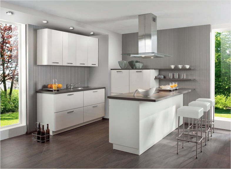Moderne Küche Mit Kleiner Insel Modern On Beabsichtigt Kuche Kleine Kucheninsel Fur Kochinsel Igamefr Com 9